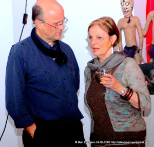 Dr P. Rosi with a Cathy Kata BilumWear jacket over a dress - stunning!